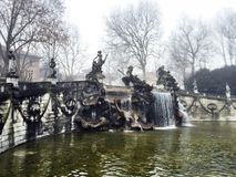 Härlig springbrunn i Turin Arkivbild