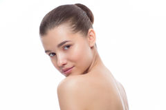 härlig ståendekvinna behandlingar för brunnsort för tät fokusbild selektiva upp fotografering för bildbyråer