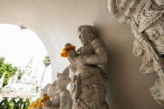 Härlig stöpningskonst i tempel för San PA Yang Luang arkivbild