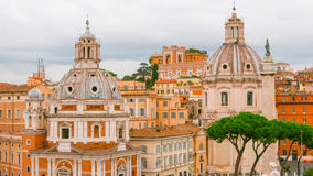 Härlig stad av Rome - sikt från den nationella monumentet Arkivfoto