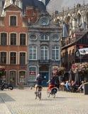 _ Härlig stad Mechelen Grote Markt Arkivfoton