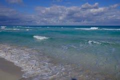 härlig strand Arkivbilder