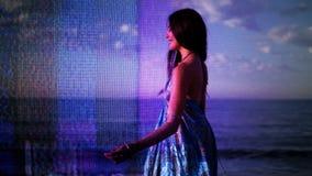 Härlig strandkvinna lager videofilmer