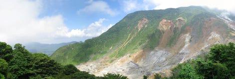 härlig sulphuric depositsfuji hakone park s Arkivfoton