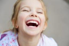 härlig tät flickaliitle upp royaltyfri fotografi