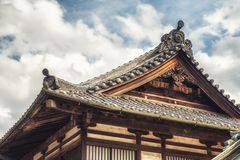 Härlig takdetalj för buddistisk tempel Royaltyfri Fotografi