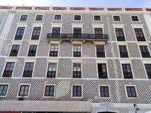 Härlig tegelplattabyggnad i Lissabon Portugal fotografering för bildbyråer