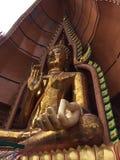 Härlig tempel i Thailand på templet för wattumsua, mest populär tempel arkivbild