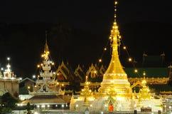 Härlig tempel som är bekant som Wat Jong Kham i THAILAND Royaltyfri Fotografi