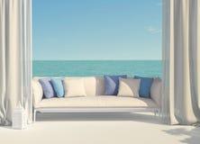 Härlig terrass som förbiser havet Royaltyfri Foto