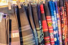 Härlig thailändsk stam- kläder och den stam- textilen utformar i inget Royaltyfri Bild