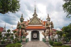 Härlig thailändsk tempel, tempel i bangkok, Thailand Royaltyfri Bild