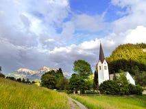 Härlig by Tiefenbach i Allgaeuen Fotografering för Bildbyråer