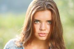 Härlig tonårs- flicka Arkivfoto