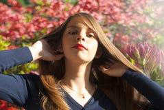 härlig tonårs- flickastående Royaltyfri Foto