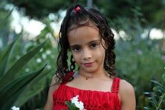 härlig trädgårds- flicka Royaltyfri Foto