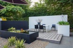 Härlig trädgårds- idé Royaltyfria Bilder
