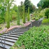 härlig trappuppgång Arkivfoton