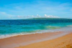Härlig tropisk strand med ren sand och det klara havet Boracay Filippinerna Fotografering för Bildbyråer