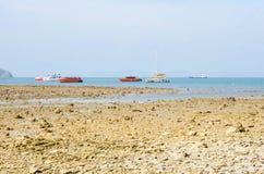 Härlig tropisk strand på Phuket royaltyfria foton