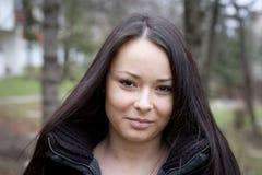 Härlig ung brunettstående Royaltyfri Fotografi