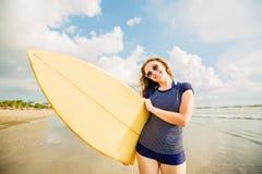 Härlig ung caucasian flicka i mest rushwest och Fotografering för Bildbyråer