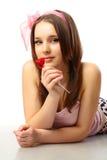 Härlig ung kvinna - förälskelsebegrepp Arkivfoton