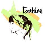Härlig ung kvinna med frisyren och uttrycksfull blick mode skissar modeflickan f?r den svarta framsidan isolerade makeup perfekt  royaltyfri illustrationer