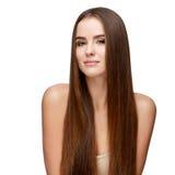 Härlig ung kvinna med ren ny hud royaltyfria bilder