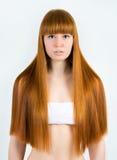 Härlig ung rödhårig kvinna royaltyfri fotografi
