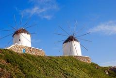 Härlig väderkvarn på den Mykonos ön Royaltyfri Foto