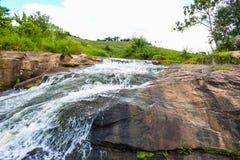 Härlig vattenfall i Brasilien som visar dess skönhet arkivfoto