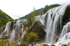 Härlig vattennedgång i vår Fotografering för Bildbyråer