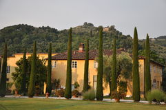 Härlig villa Tuscany Italien Arkivbilder