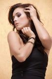 Härlig vuxen sensualitetkvinna Fotografering för Bildbyråer
