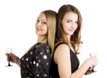härlig winekvinna för exponeringsglas två Royaltyfria Bilder