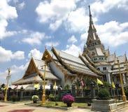Härlig worawihan tempelWat Sothorn wararam, Chachoengsao Thailand Arkivfoton
