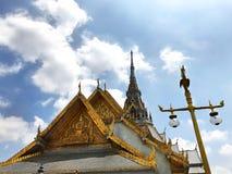 Härlig worawihan tempelWat Sothorn wararam, Chachoengsao Thailand Royaltyfri Bild