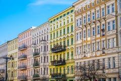 Härliga återställda hus i Berlin Royaltyfria Bilder