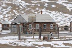 Härliga altaiberg i vintern Sibirien Royaltyfri Foto