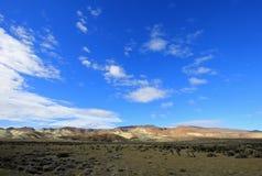 Härliga badlands i den Chubut dalen, Argentina royaltyfria bilder