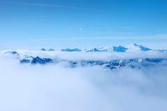 härliga berg österrikiska alps Saalbach Royaltyfria Bilder