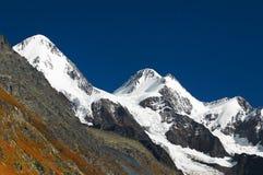 härliga berg Arkivfoto