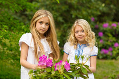 Härliga blonda flickor Fotografering för Bildbyråer