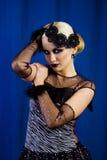 härliga blonda retro utformade kvinnor Royaltyfria Bilder