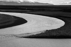 härliga brobyggnader brukar liggande för den iceland lagarfljotlaken royaltyfri fotografi
