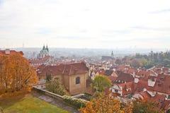 Härliga byggnader i Prague Royaltyfri Foto