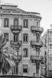 Härliga byggnader och gatasikter i Lissabon - LISSABON/PORTUGAL - JUNI 14, 2017 Royaltyfria Bilder