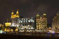 Härliga byggnader på natten Fotografering för Bildbyråer