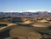 härliga döddynbildande sand dalen royaltyfri fotografi
